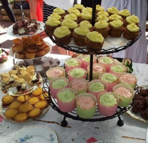mini cakes for high tea