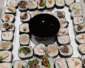 sushi platter, finger food