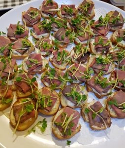 crostini with beef